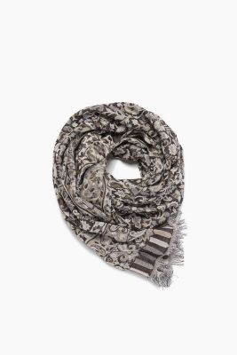 Jacquard scarf in 100% cotton