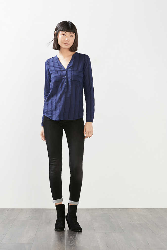 EDC / Light blouse with textured stripes
