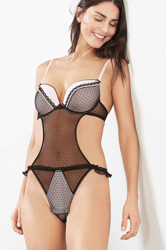 EDC / Padded underwire body in tulle lace