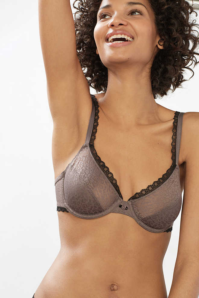 EDC / Unpadded underwire bra with lace