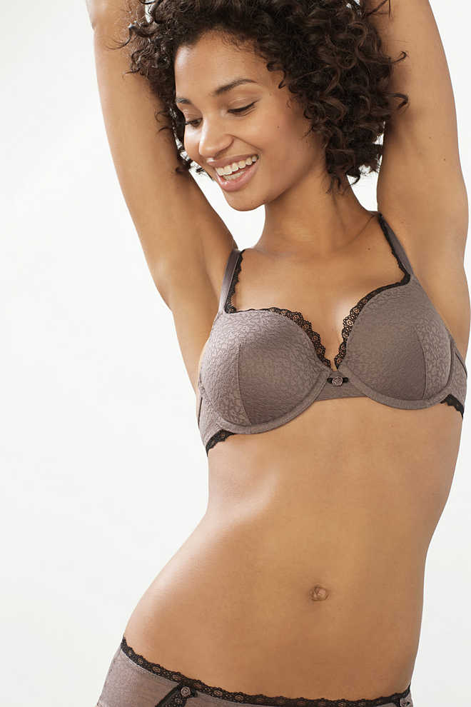 EDC / Padded lace underwire bra