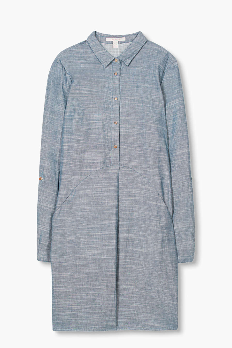 in a melange chambray look, with adjustable turn-up sleeves
