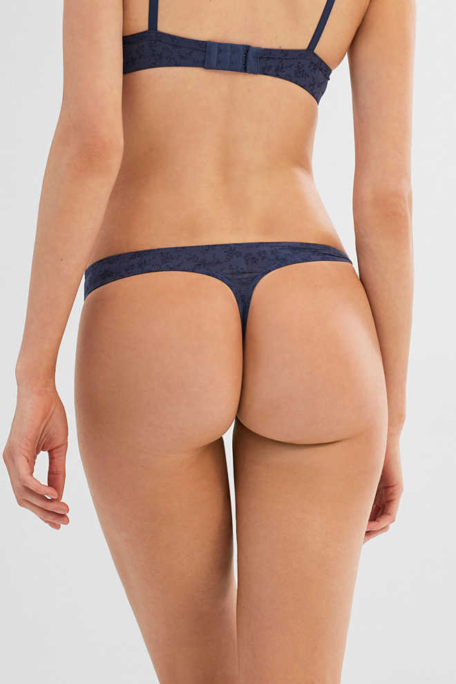 Esprit / Silky hipster thong with floral tendrils