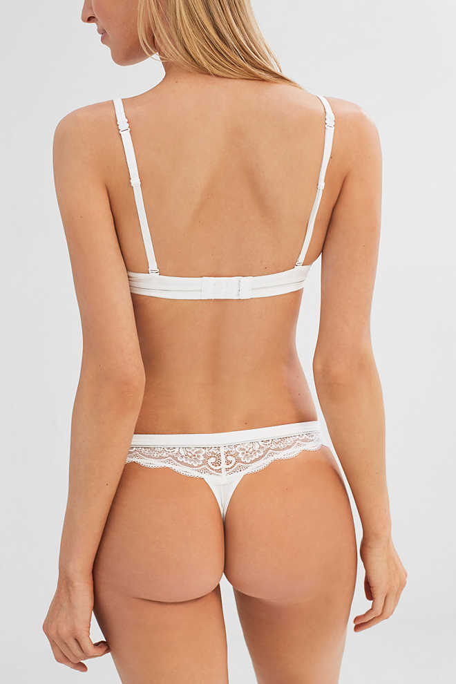 Esprit / Brazilian hipster thong in delicate lace