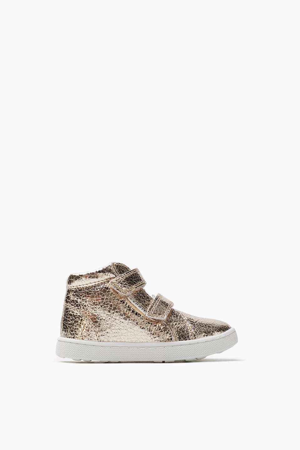 Gorgeously glittery! Metallic, shimmering trainers with practical Velcro fastening