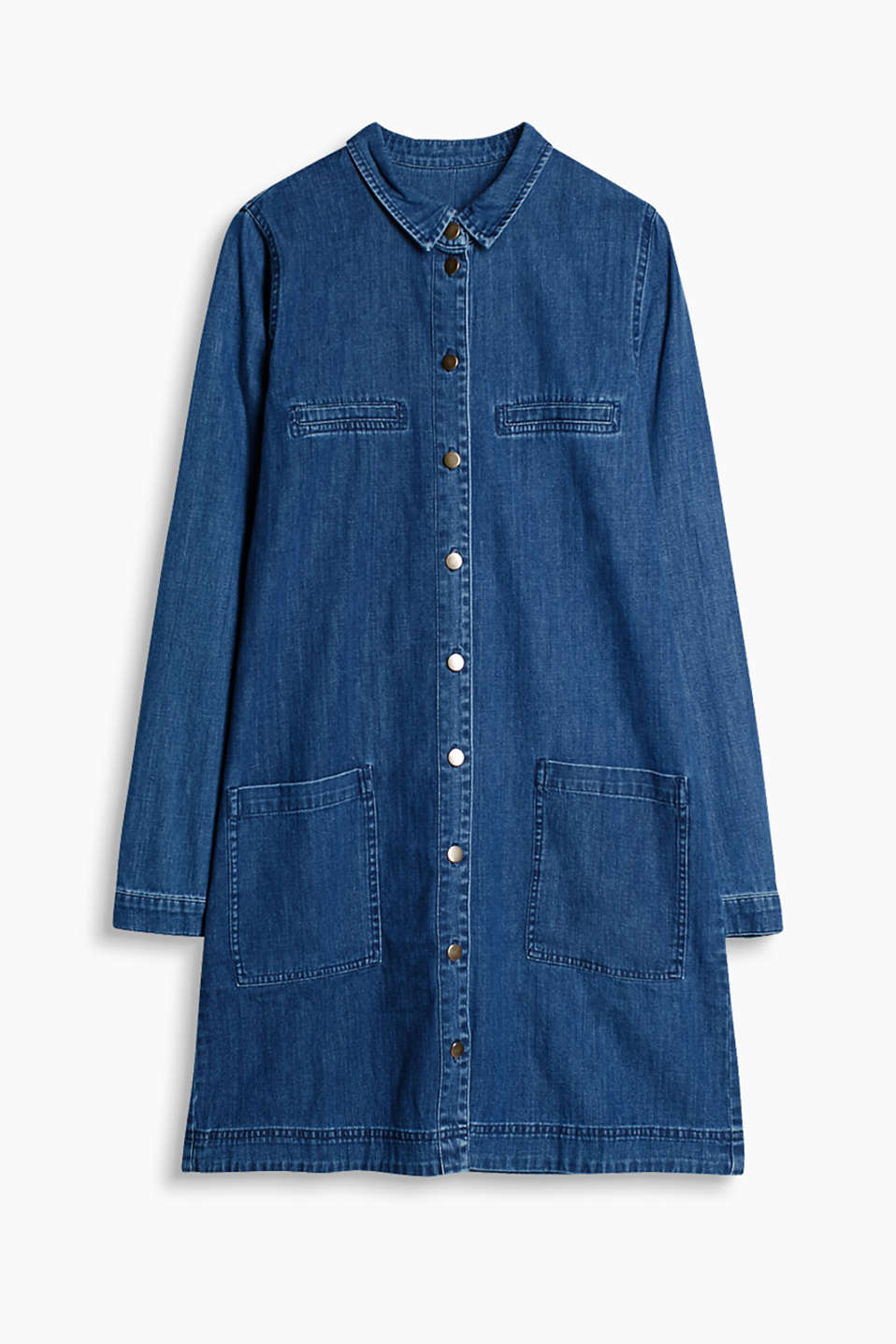 We love all-over denim: dress in a slightly flared shirt blouse style
