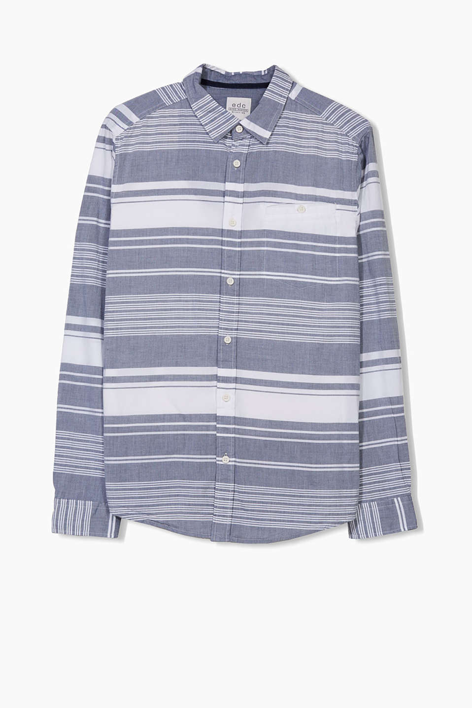 In a striped look: shirt with a narrow collar in 100% cotton