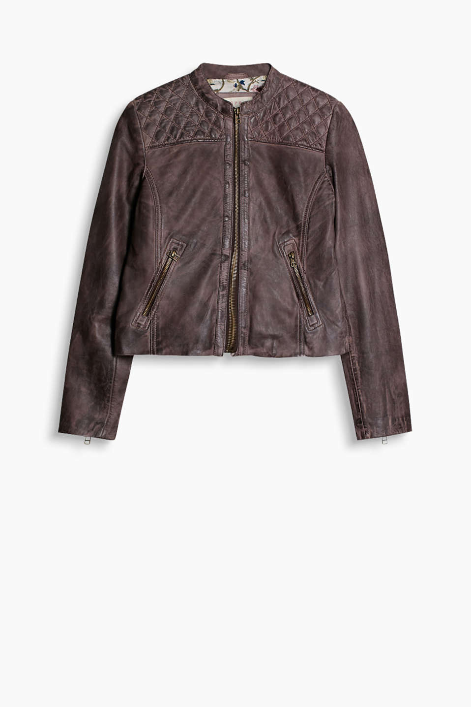 Butter soft leather jacket with a vintage finish and a quilted diamond pattern