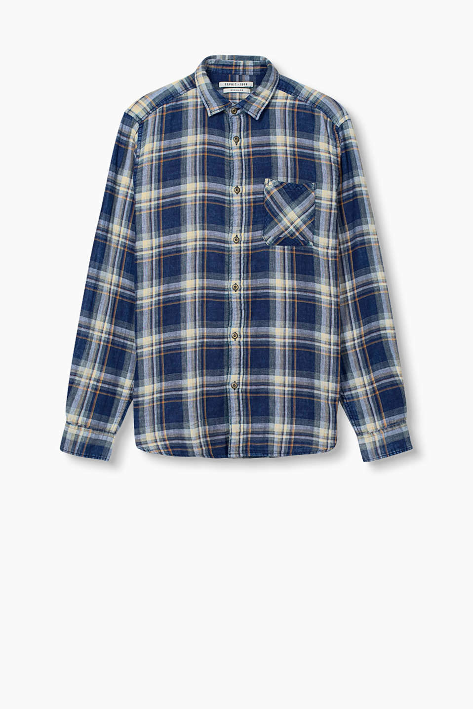 Shirt with a breast pocket and tartan pattern