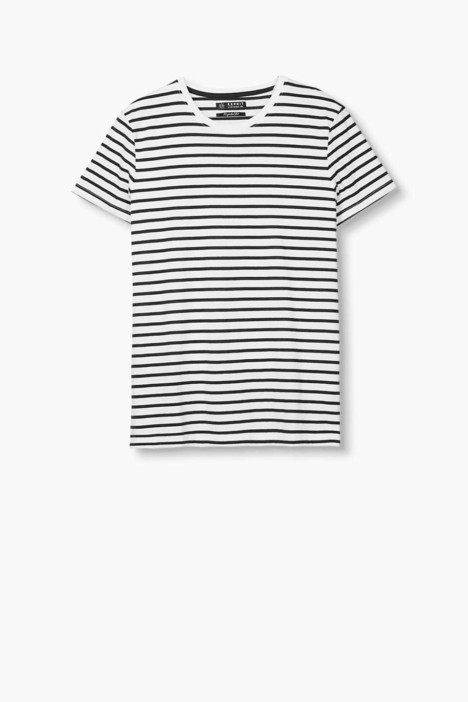 T-shirt in soft blended cotton in a nautical striped look