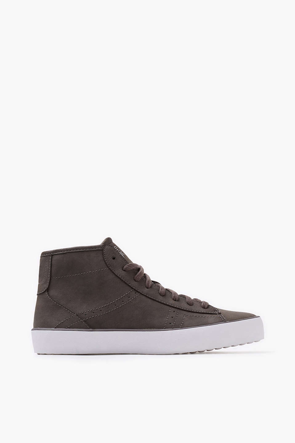 Stylish high-top trainers in authentic-looking imitation nubuck, with a practical zip on the inside