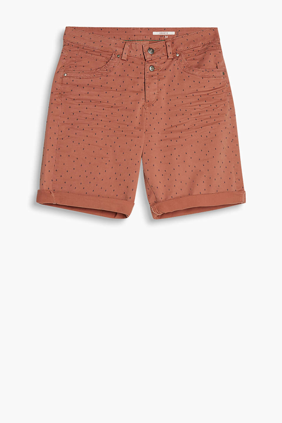 Loose-cut shorts with a minimalist pattern