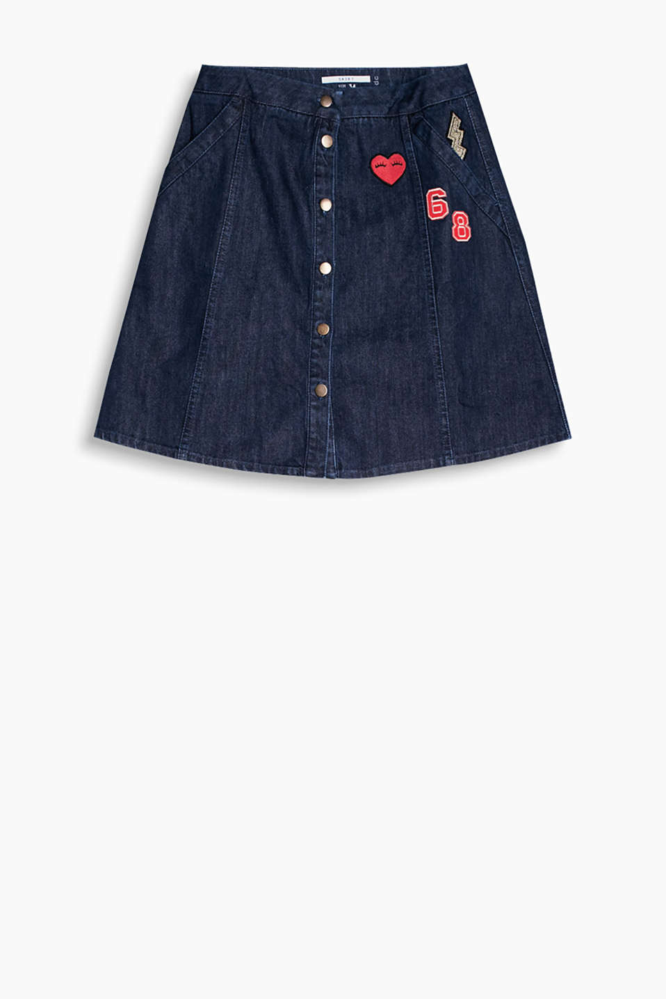 We love appliqués! Flared denim skirt with a button placket and trendy appliqués