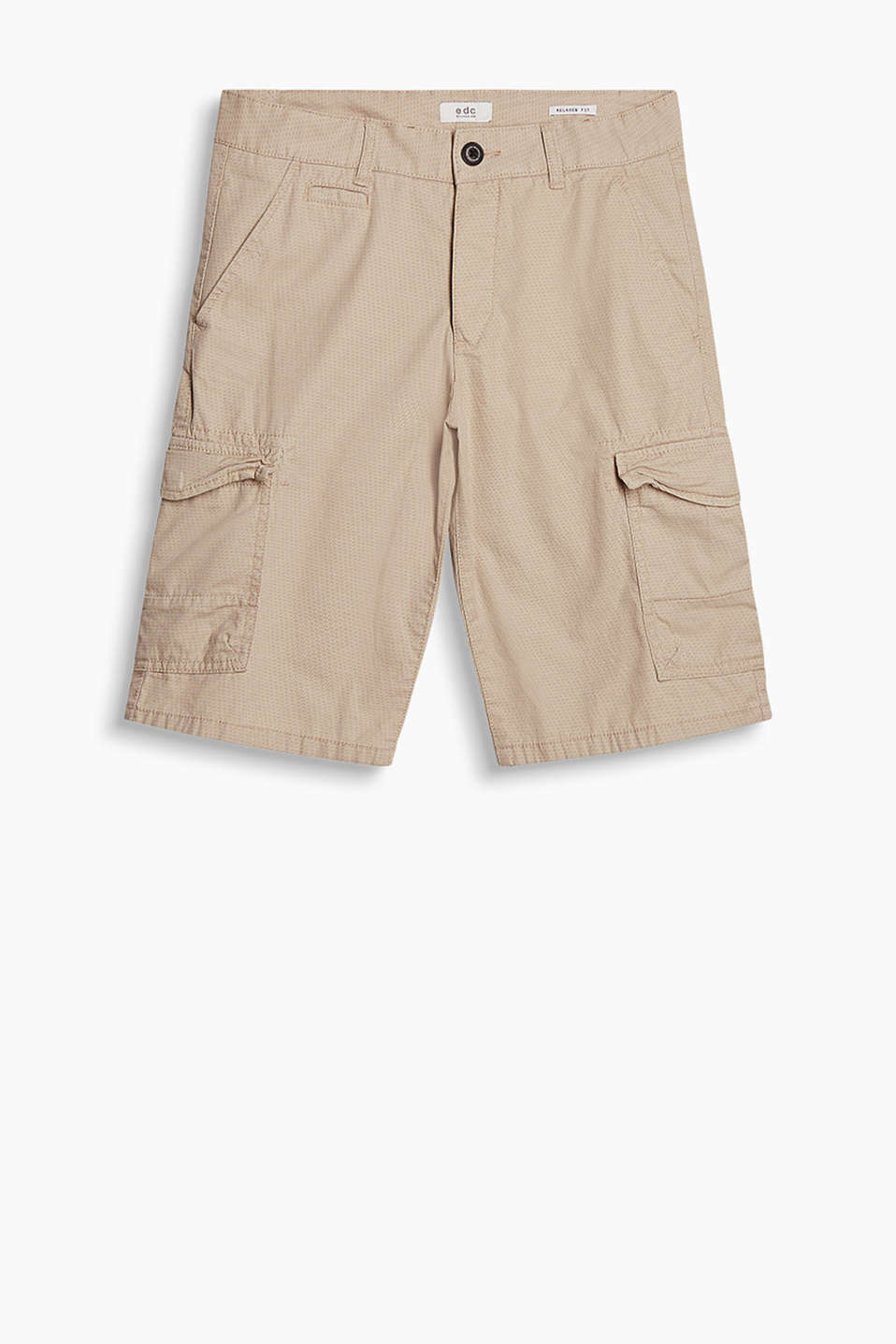 Bermuda shorts with a fine, all-over print made of 100% cotton