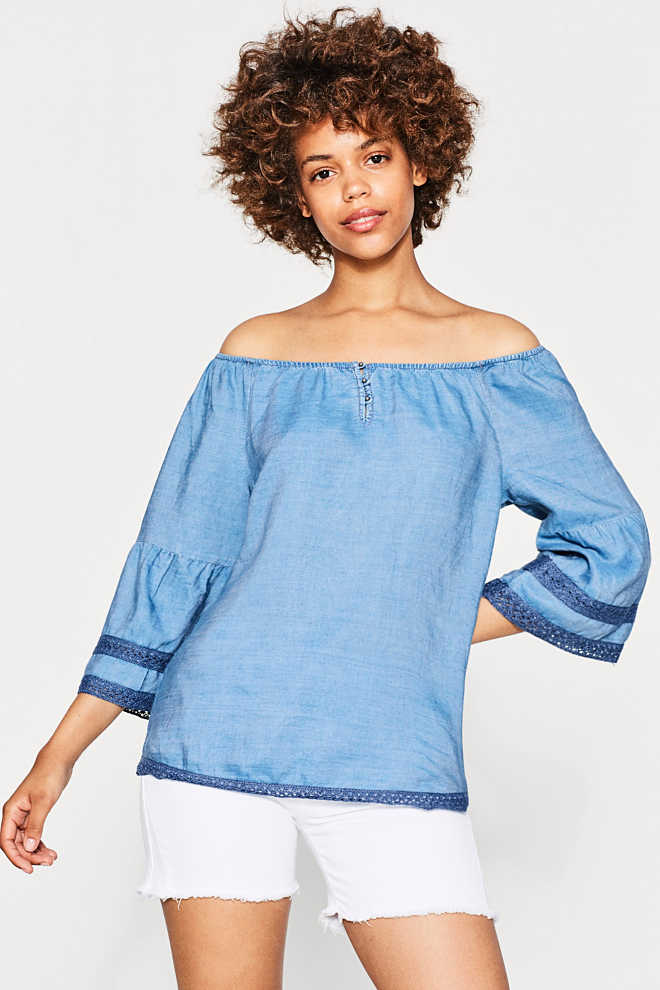 Esprit / Floaty off-the-shoulder blouse with lace