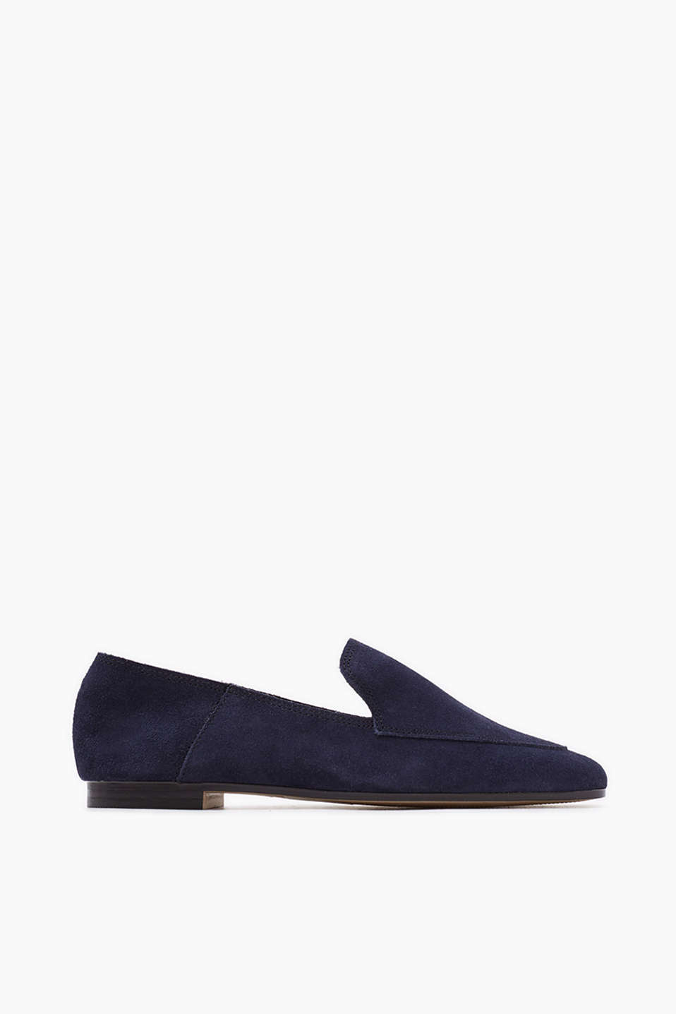 Both a loafer and a slip-on - in genuine leather