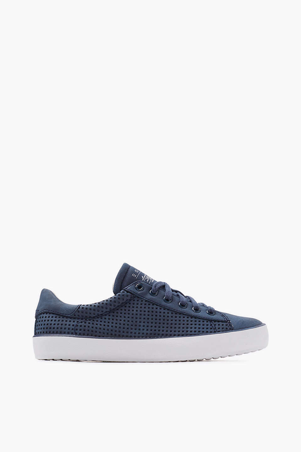 Basic trainers with stylish perforation, from vegan manufacturing