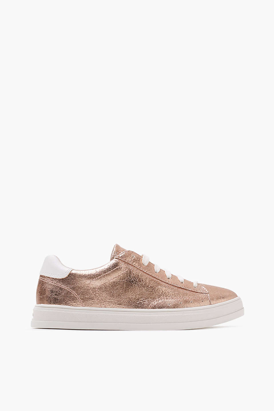 Lace-up trainers in a glamorous metallic look