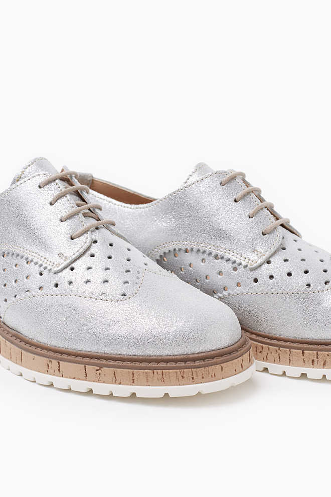Esprit / Stylish metallic look lace-ups