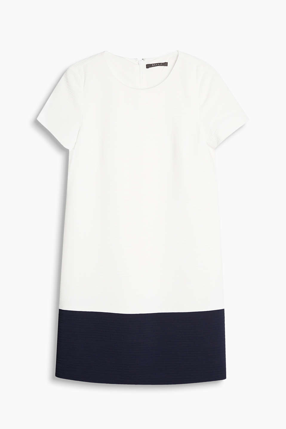 Made of textured fabric: short sleeve dress in a flattering H line