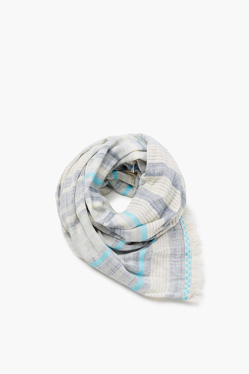Scarf with unfinished edges in an oversized design