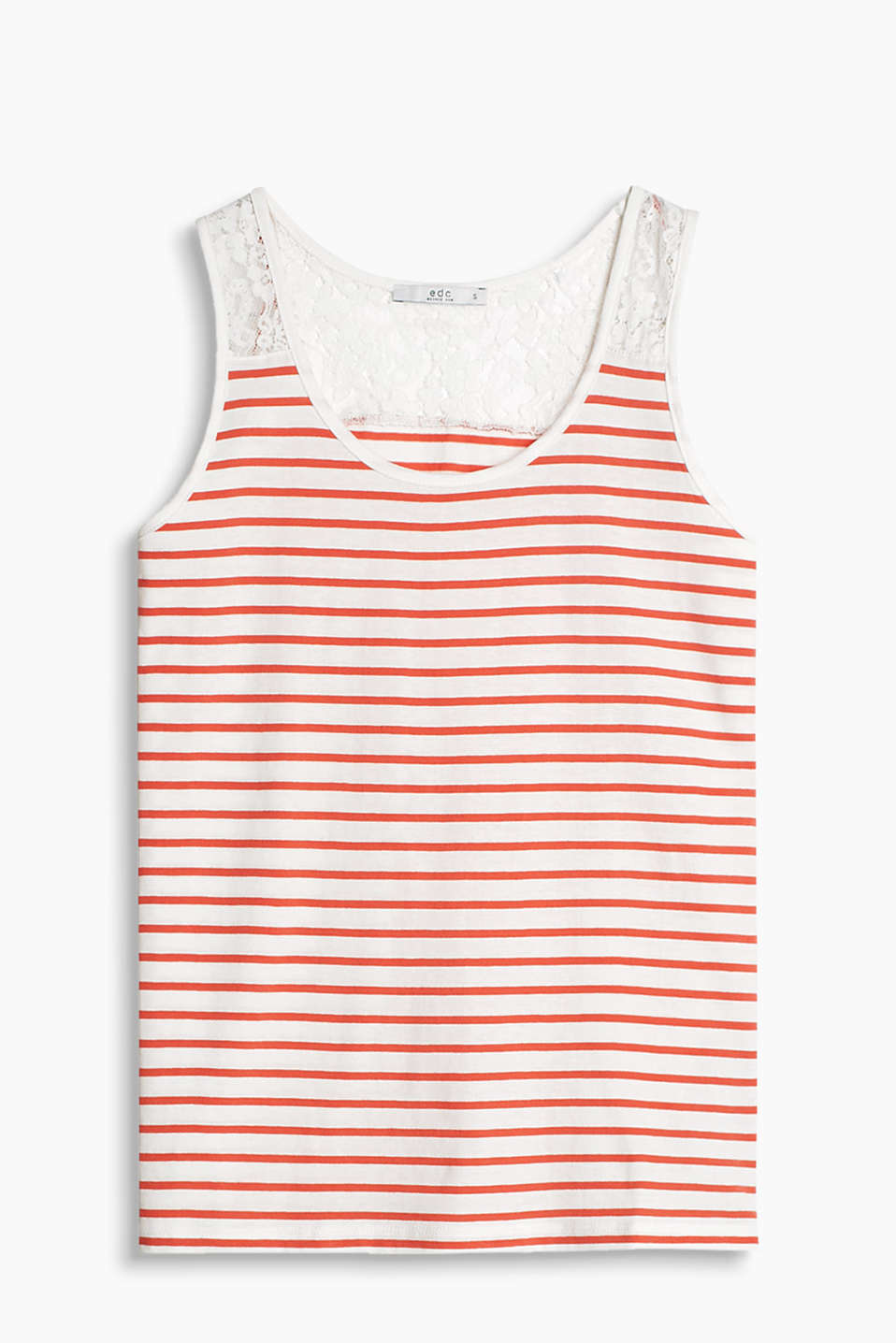 Nautical stripes meet feminine lace: vest in a fashionable material mix look