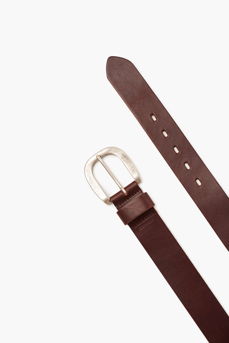 Belt with a metal buckle in premium cowhide