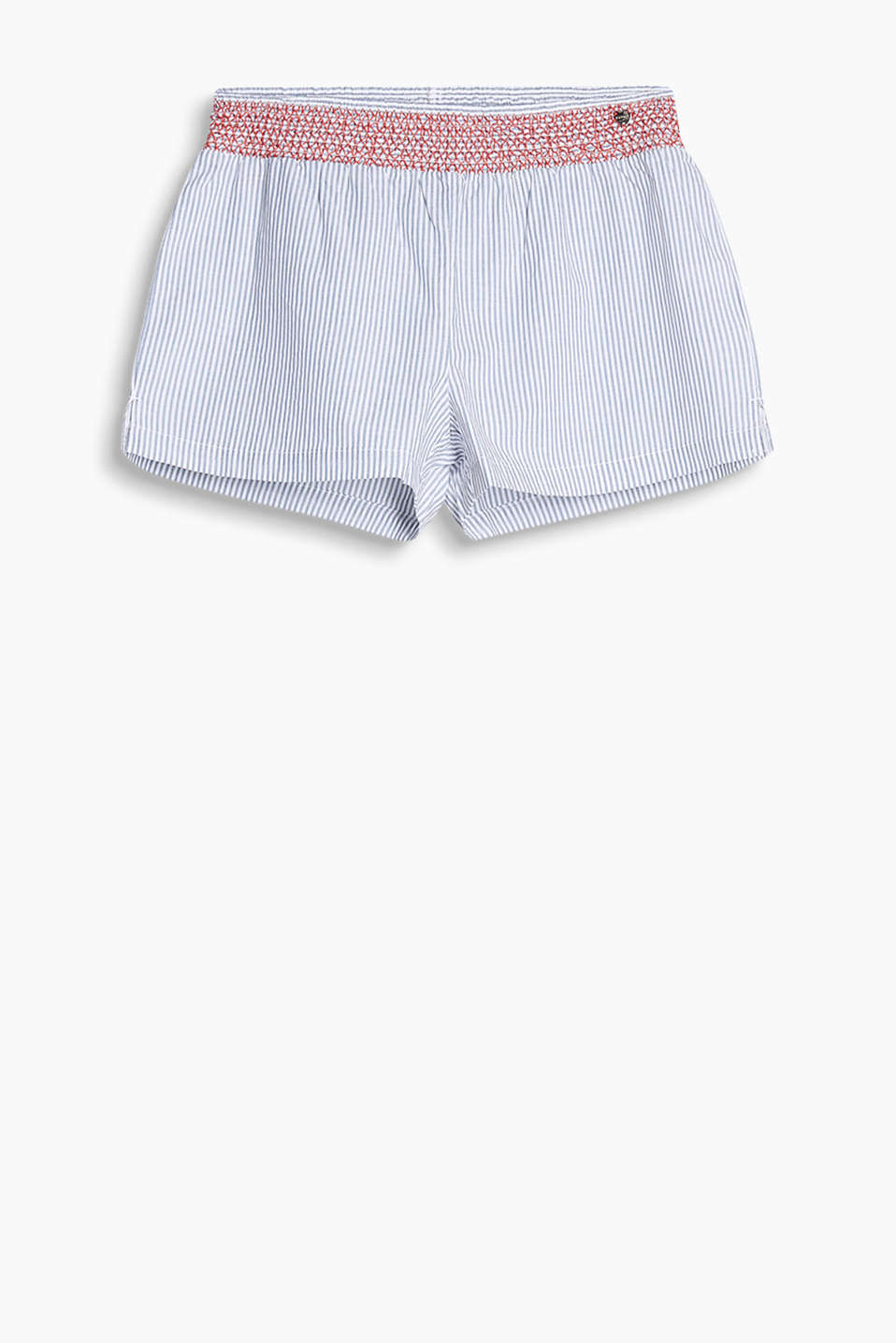 Shorts decorated with contrasting stitching and a subtle stripe pattern