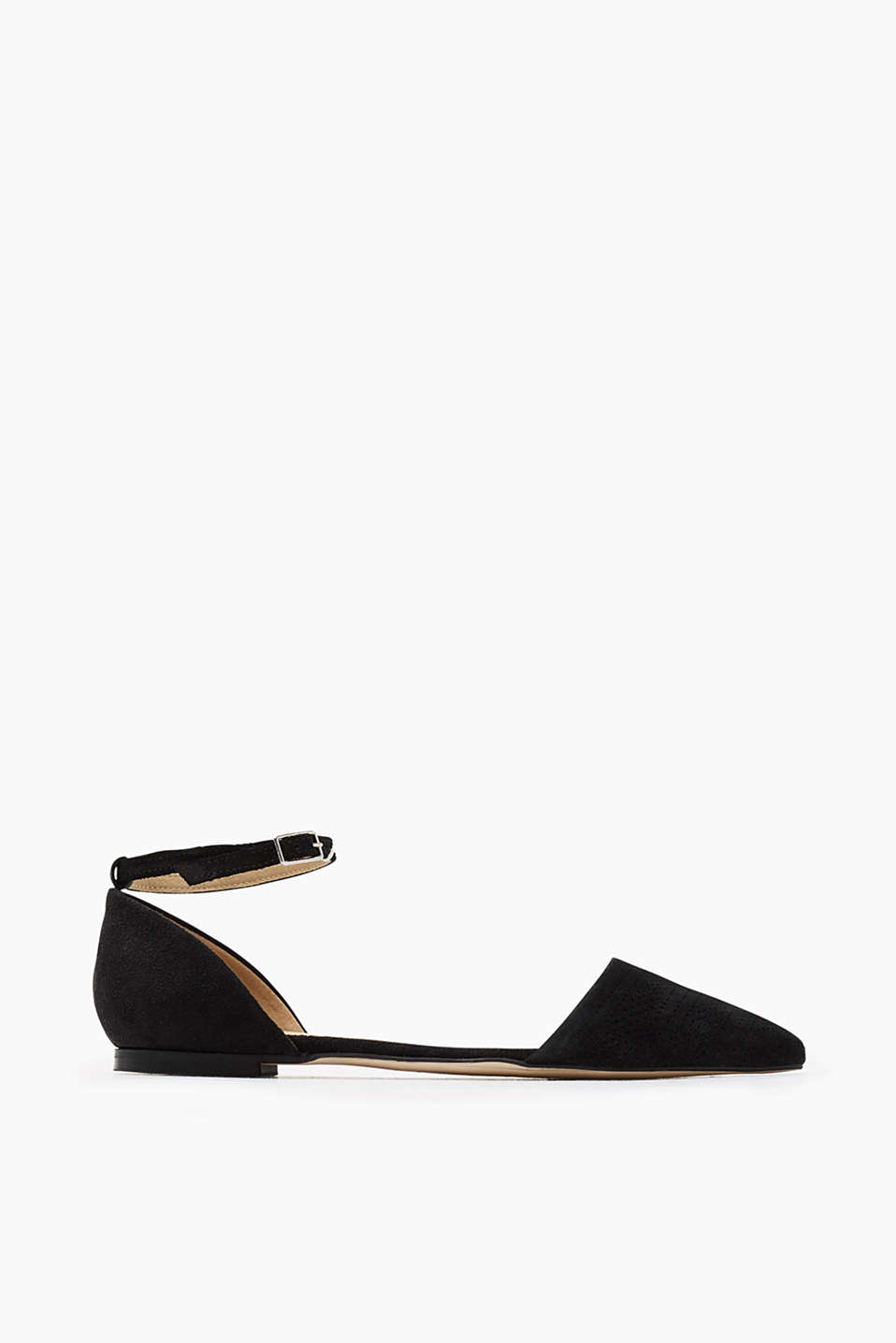 With a comfortable ankle strap: pointed ballerinas