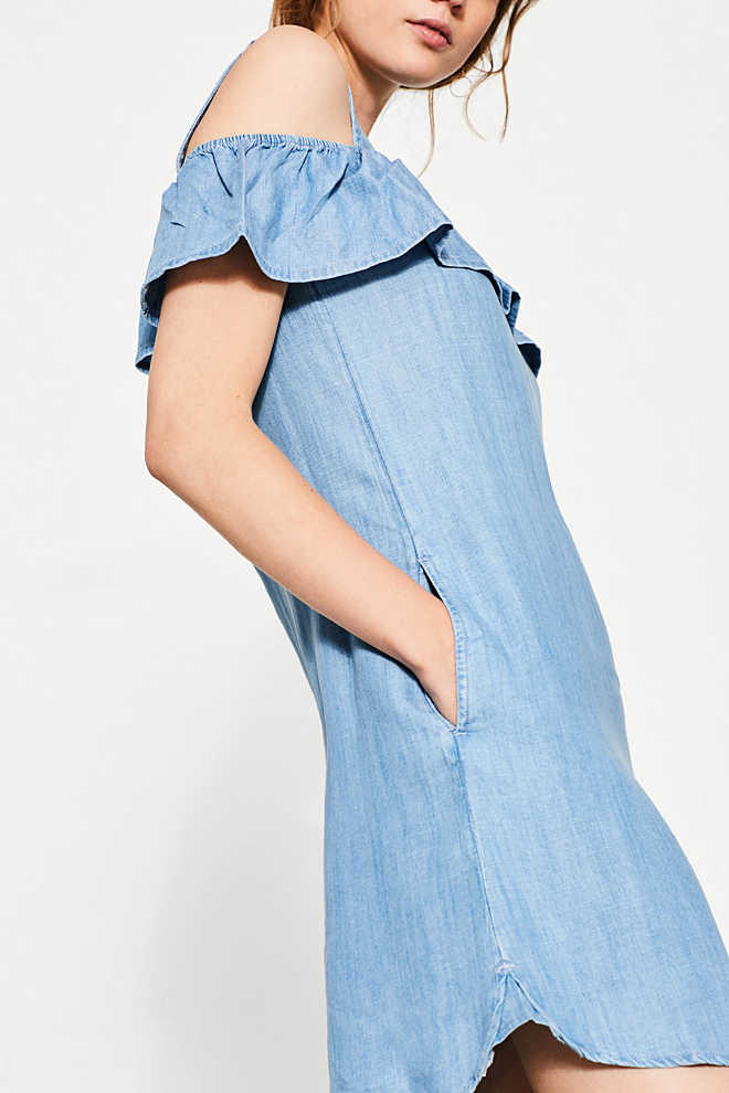 EDC / Cut-out-Kleid aus Sommer-Denim