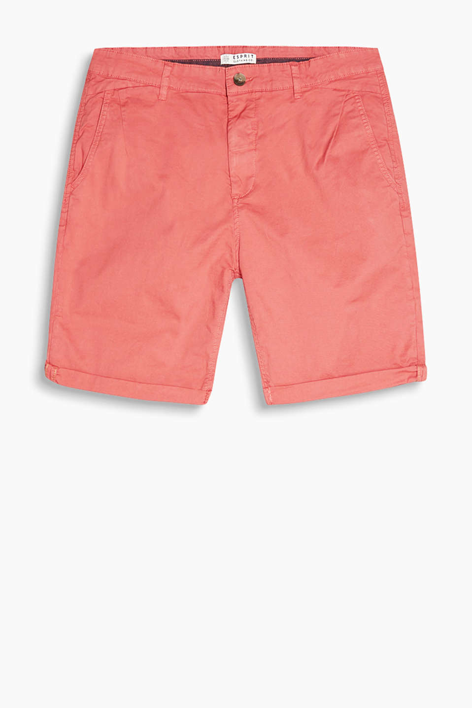 In a summery style: shorts in a bold colour