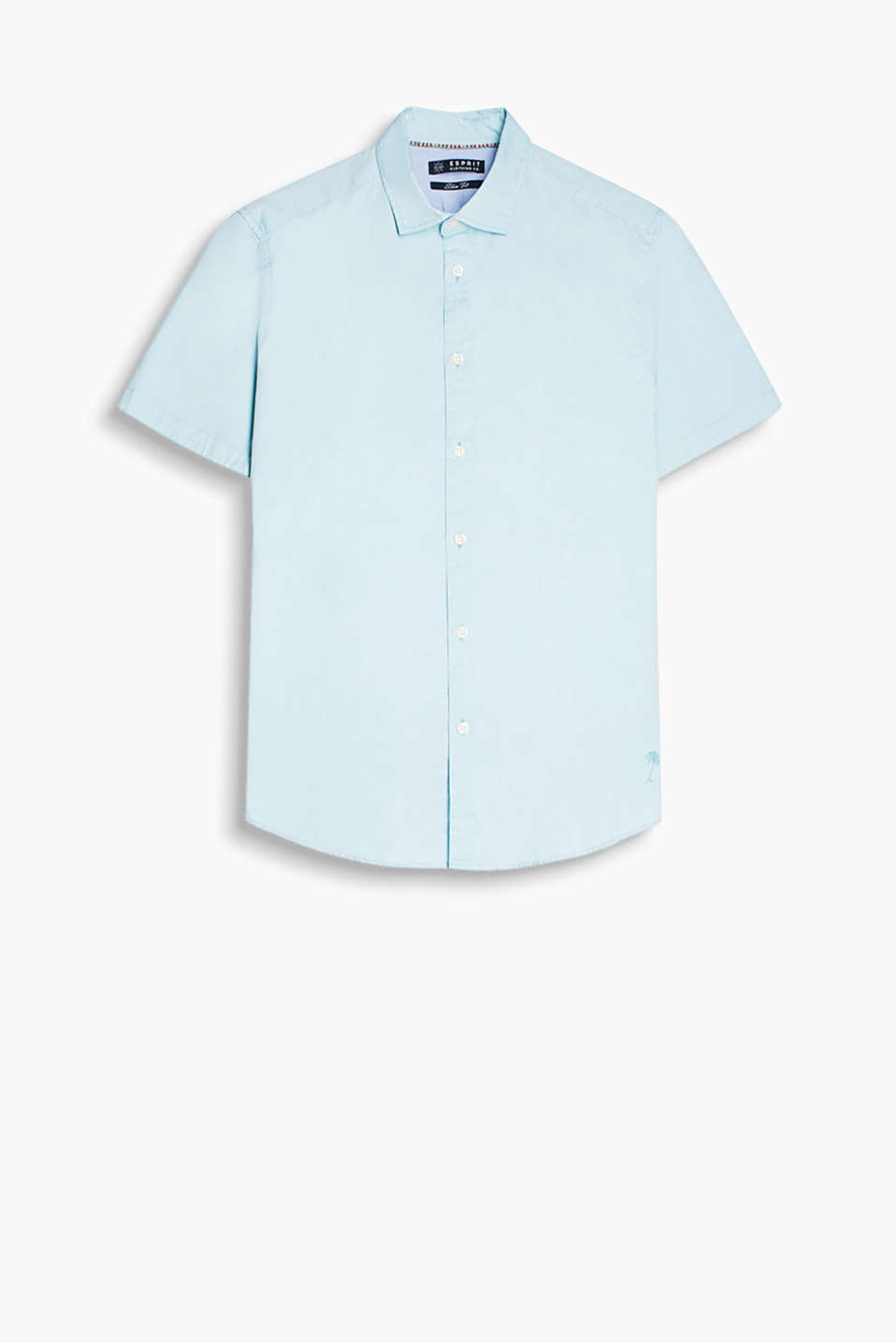 Shirt with a shark collar and short sleeves