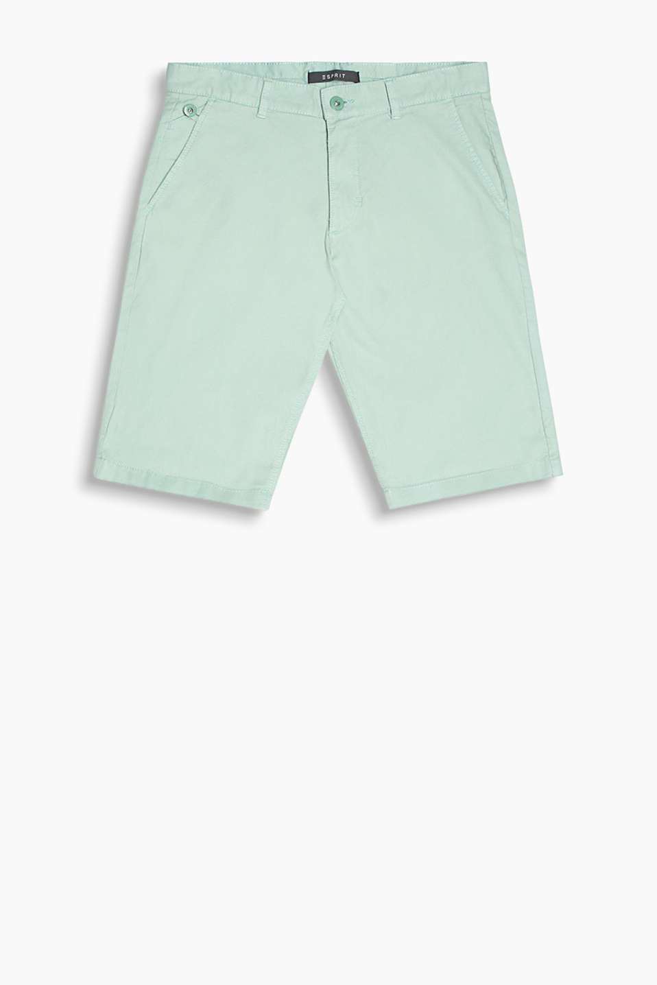Shorts with an elegant look in finely textured waffle piqué