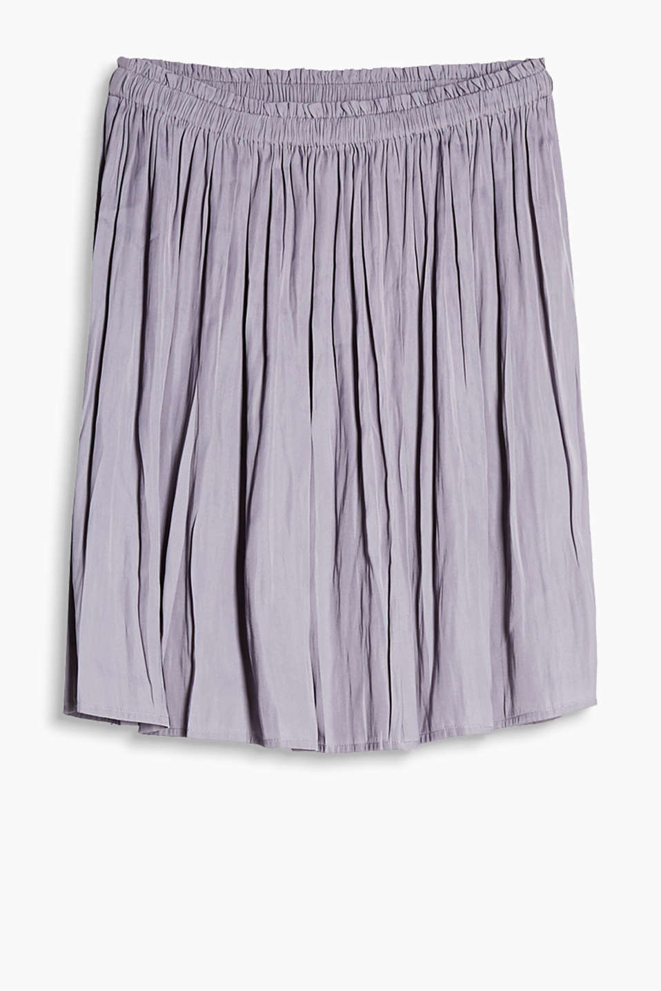 This knee-length pleated skirt in flowing fabric is the perfect 24/7 essential