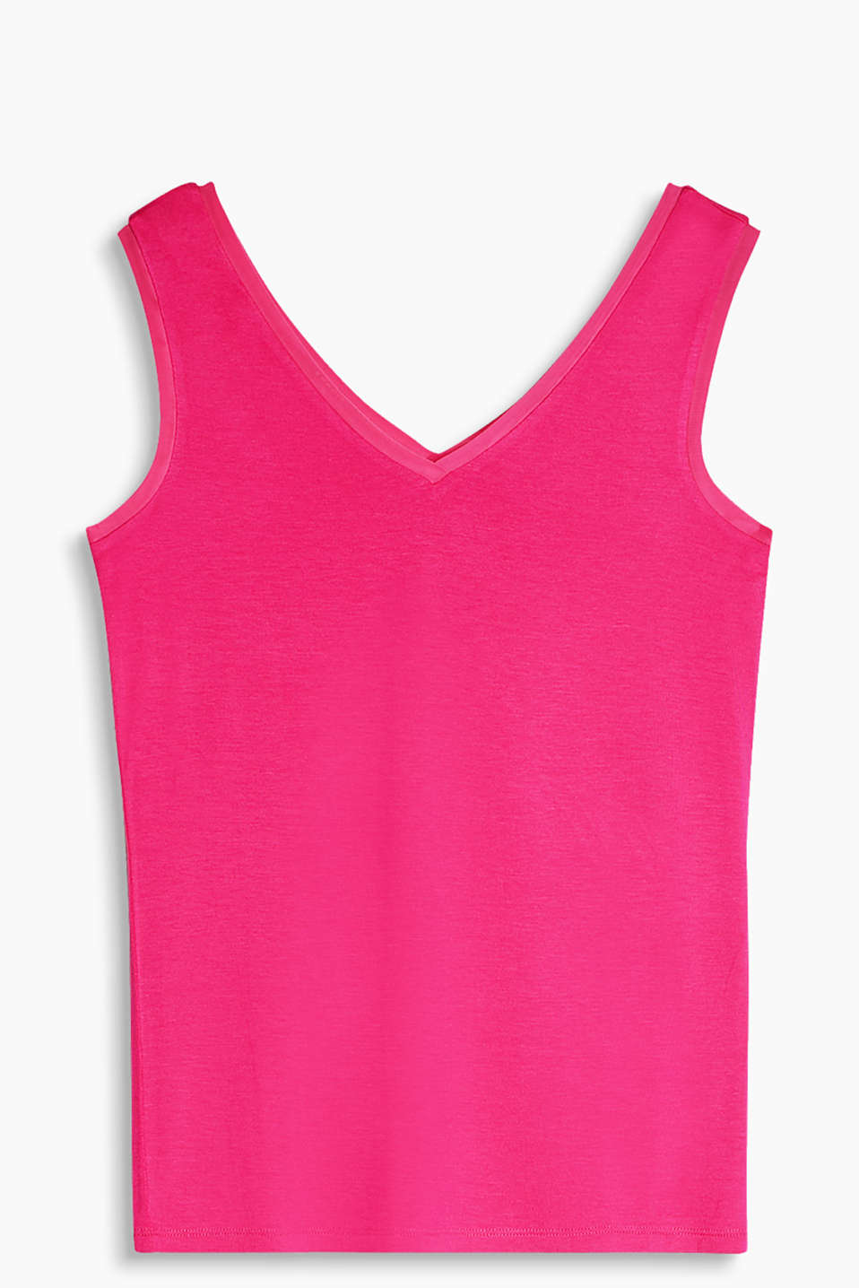 Flowing jersey top with a double V-neck and mesh trims