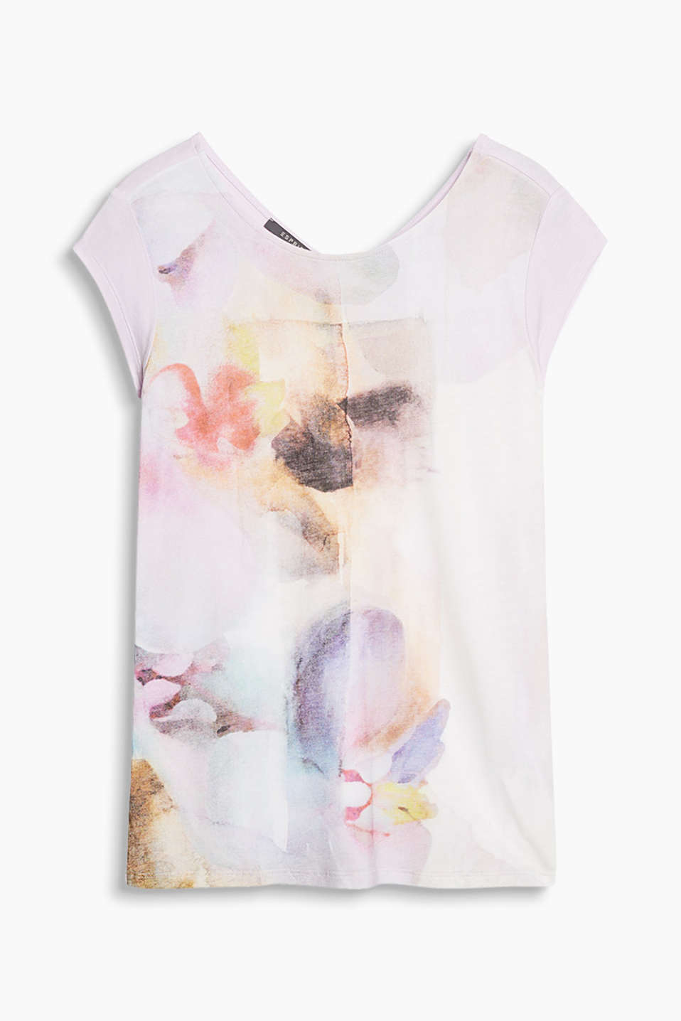 Flowing top with an abstract floral print and a V-neckline at the back