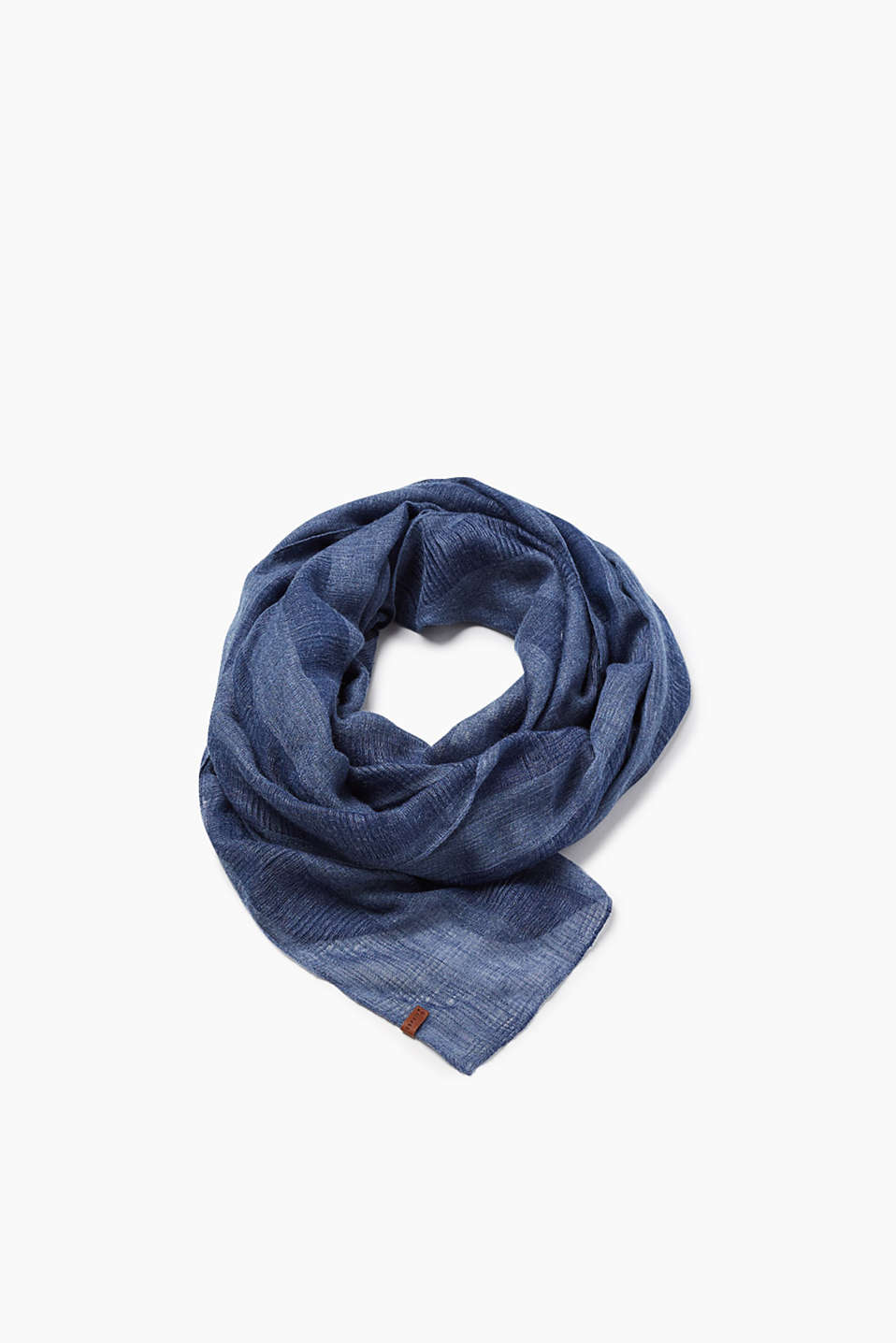 In lightweight blended fabric: tone-in-tone scarf