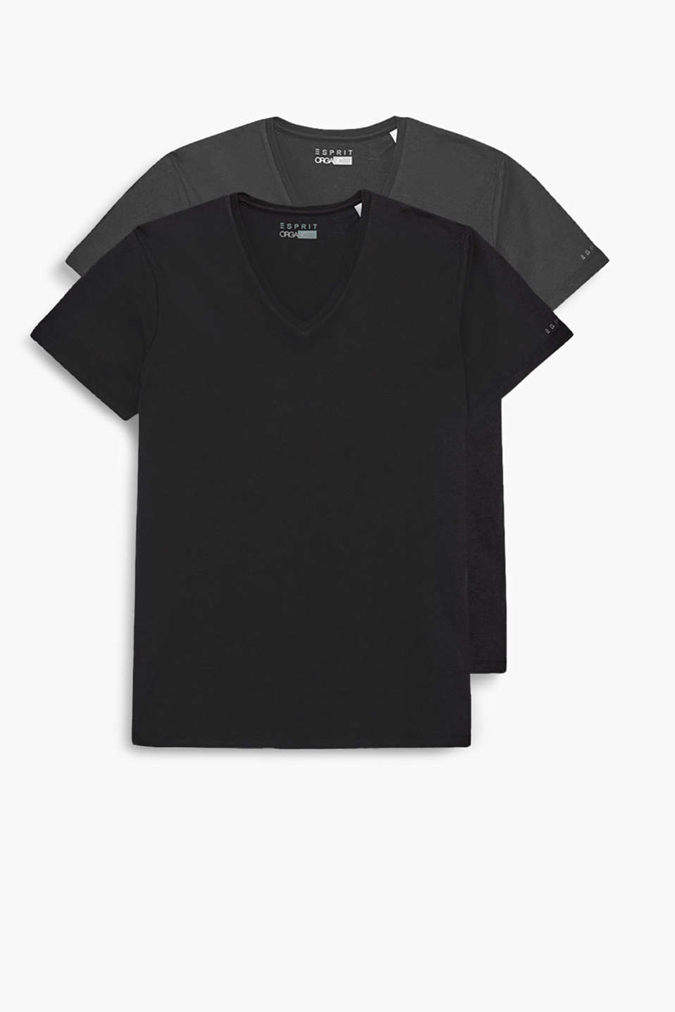 In a practical two pack: T-shirt with a V-neckline in pure organic cotton