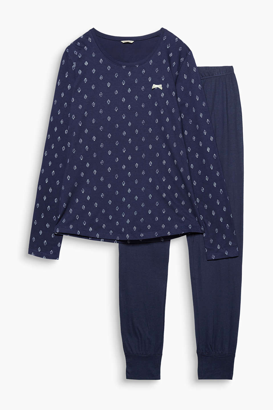 These pure cotton-jersey pyjamas featuring a patterned long sleeve top are so comfy to sleep in!