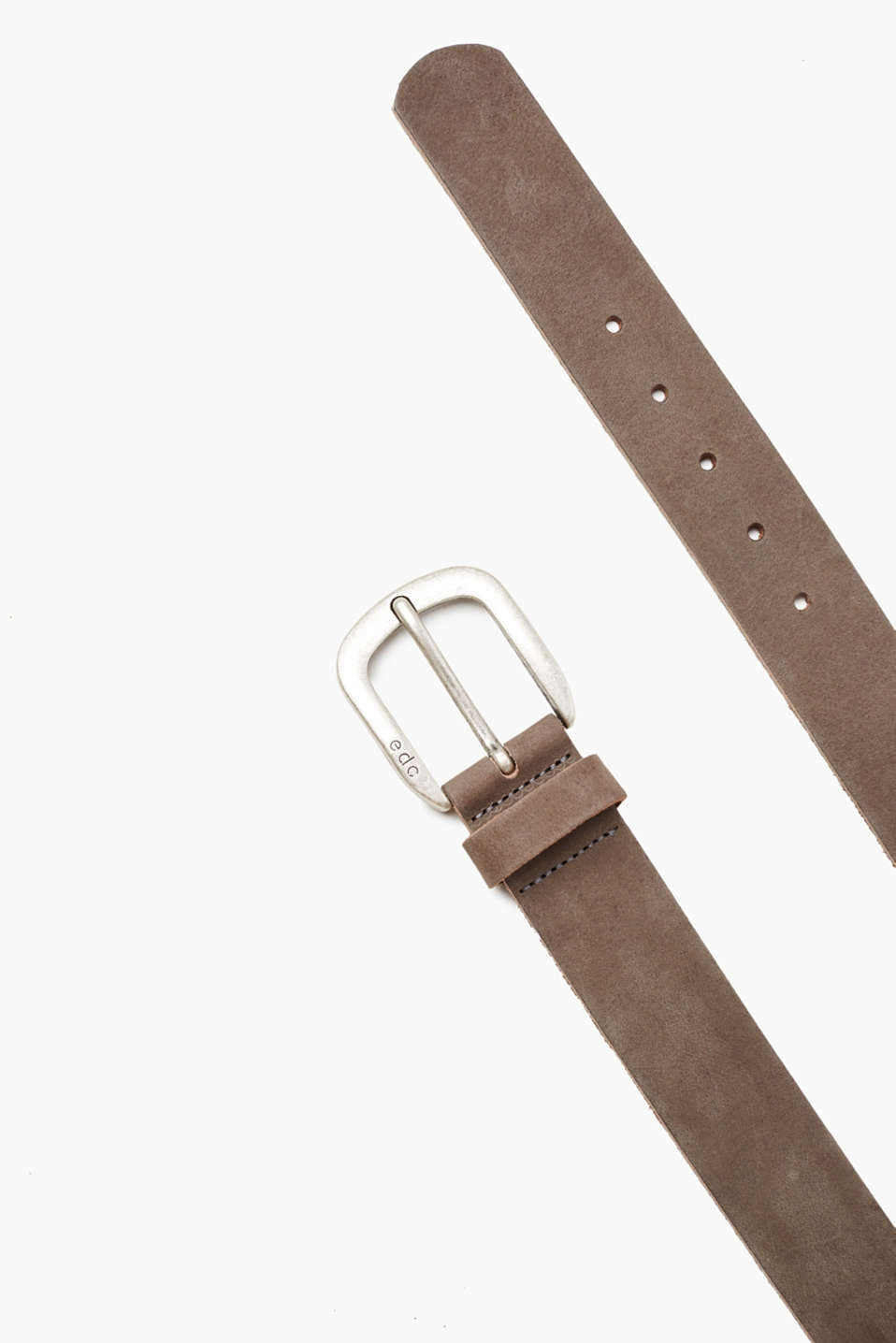 In robust buffalo leather: belt with a distinctive metal buckle with vintage finish