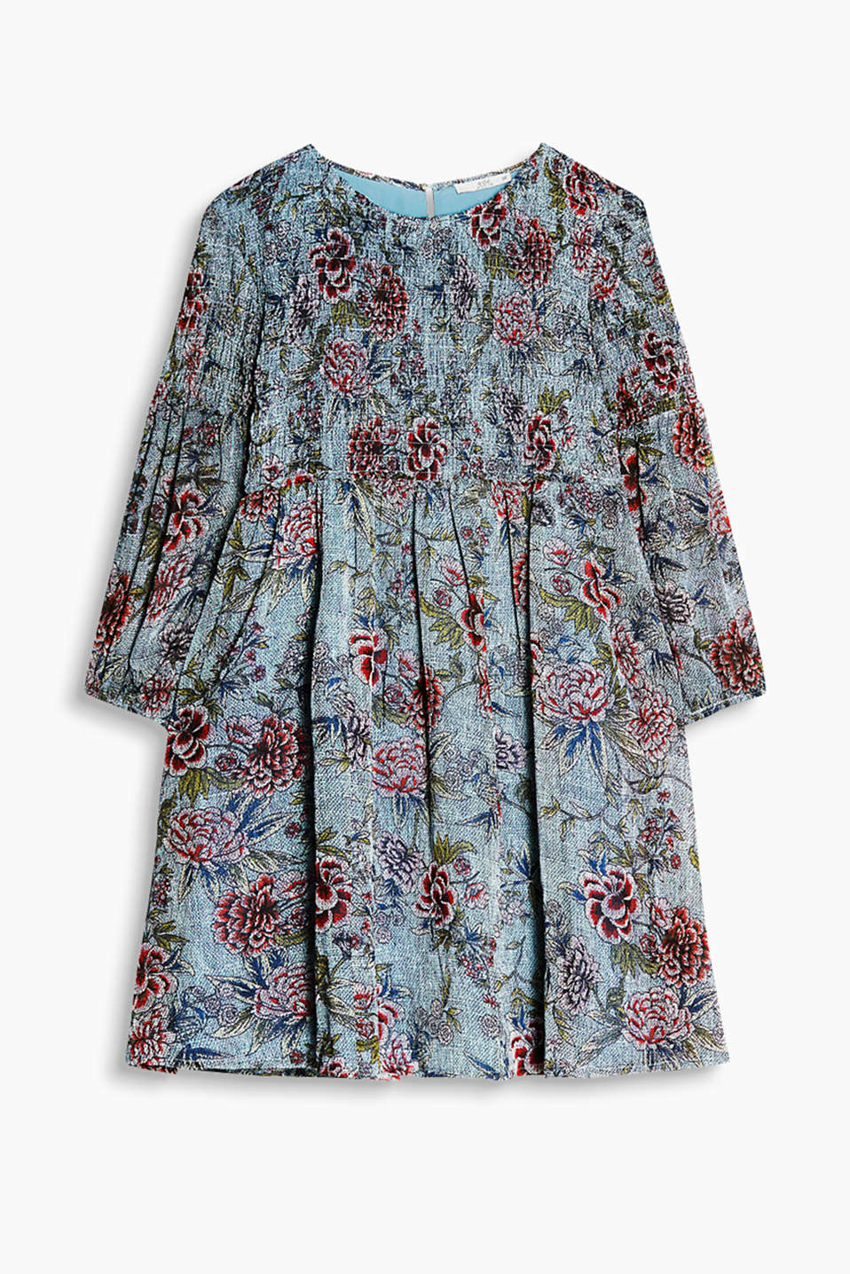 Flared chiffon dress with floral print, a smocked upper section and three-quarter length sleeves
