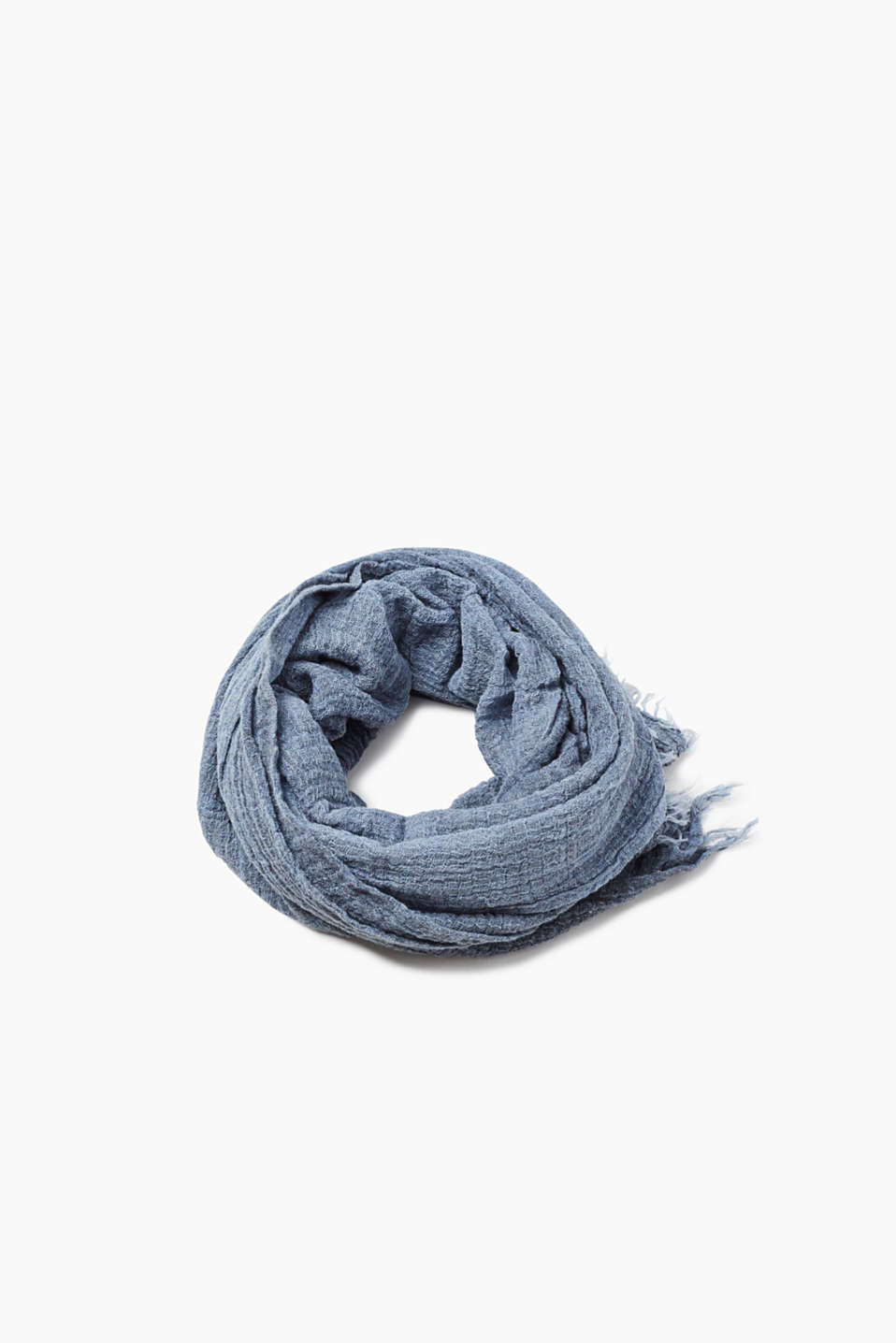Crushed-effect scarf with fine fringing, 100% cotton