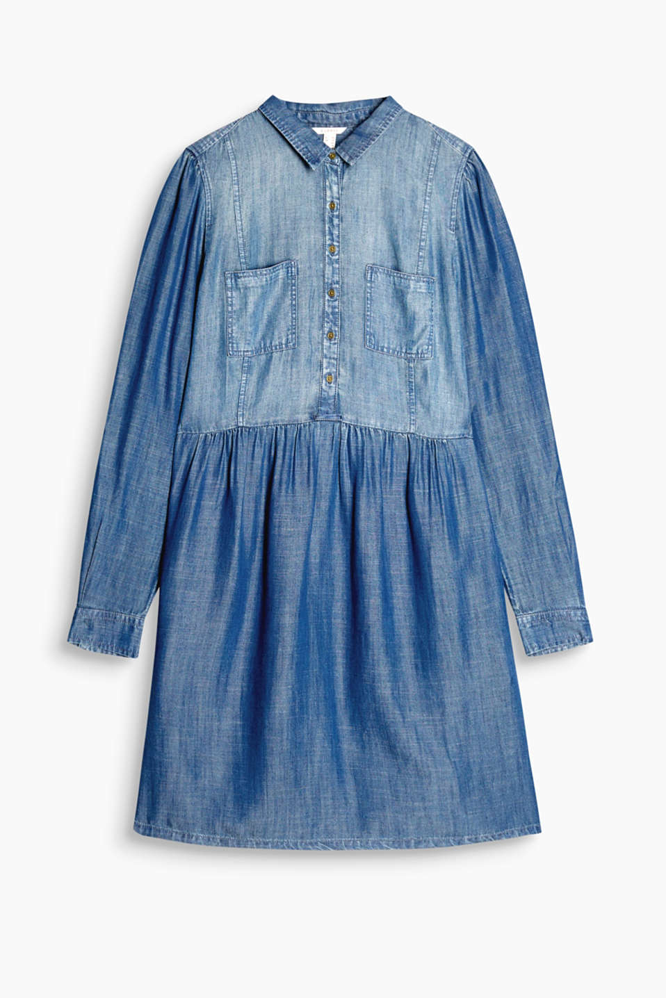 A brilliant piece for wearing all year: shirt dress in a flowing denim look with adjustable turn-up sleeves