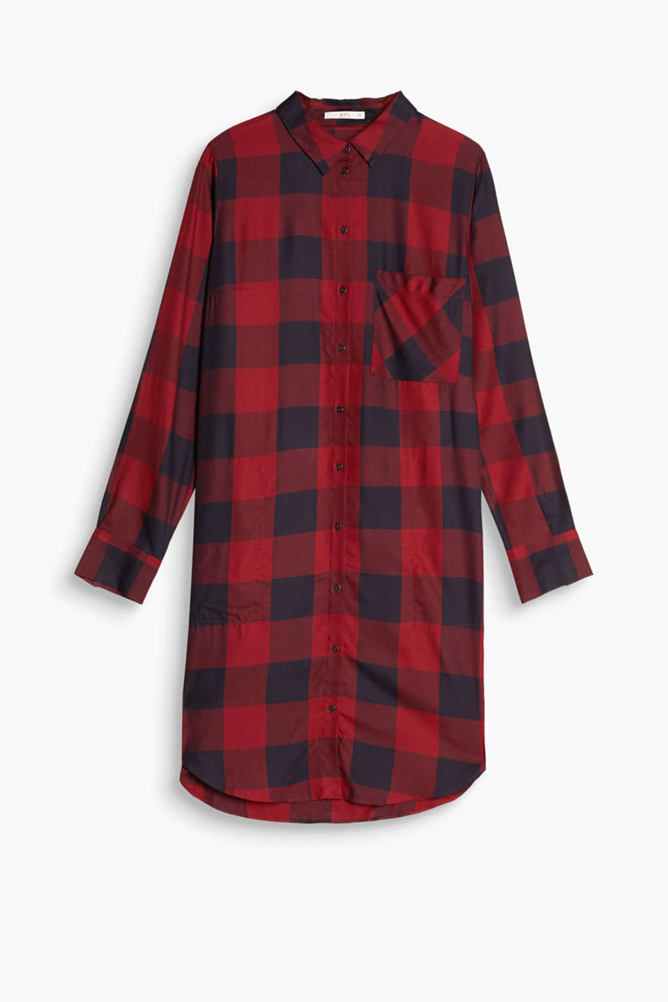 This checked shirt blouse in fine viscose has trendy grunge vibes.