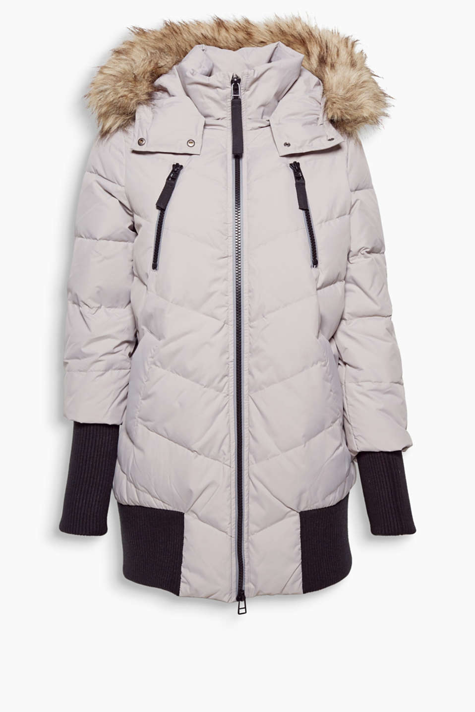 This long, stylish bomber with RDS certified down-feather filling is a stylish and reliable companion for winter