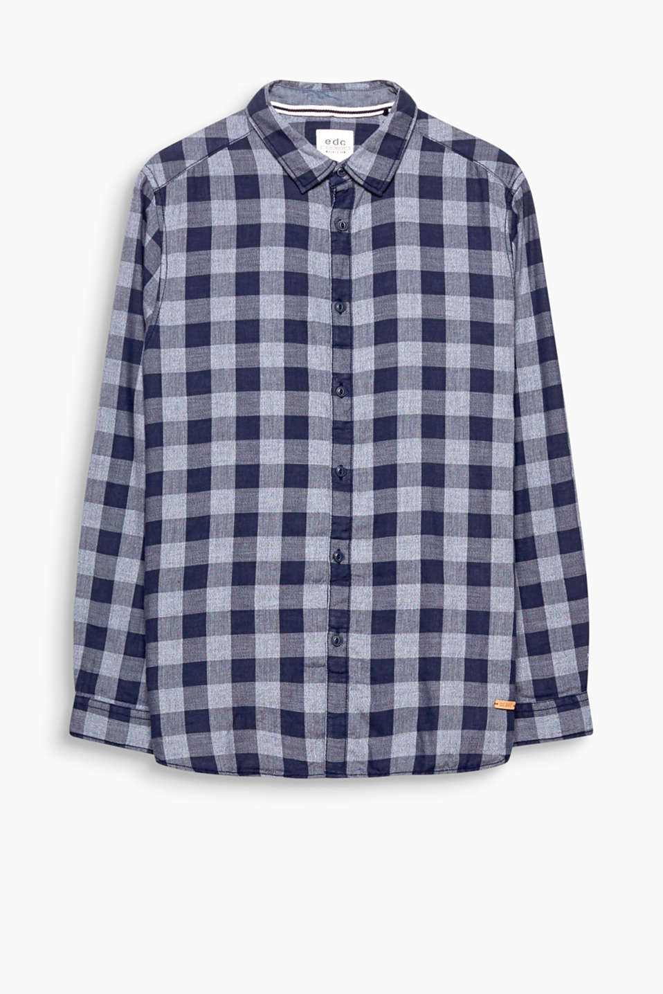 This check shirt in double-face fabric is particularly soft and comfy