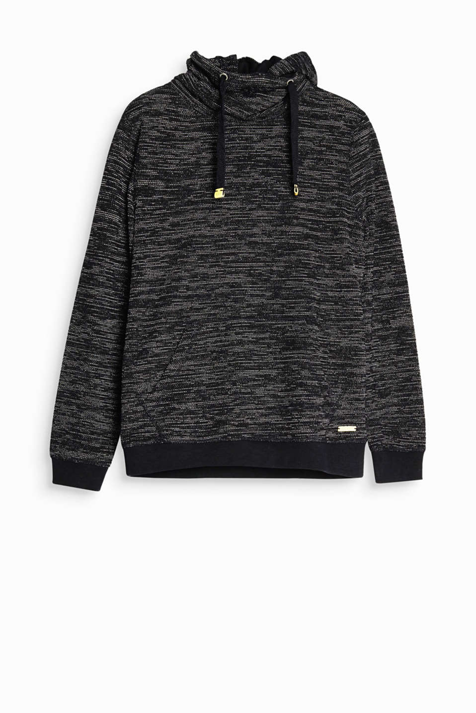 Hood plus a high funnel collar! This sweatshirt will highlight your sporty style with its two-tone waffle texture.