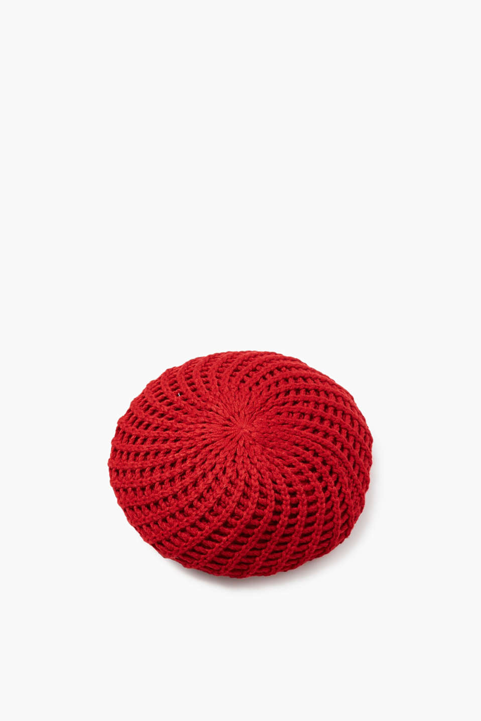 Functional and feminine: The open-work pattern gives this beret its wonderful look and the opaque knitted lining is so warm!