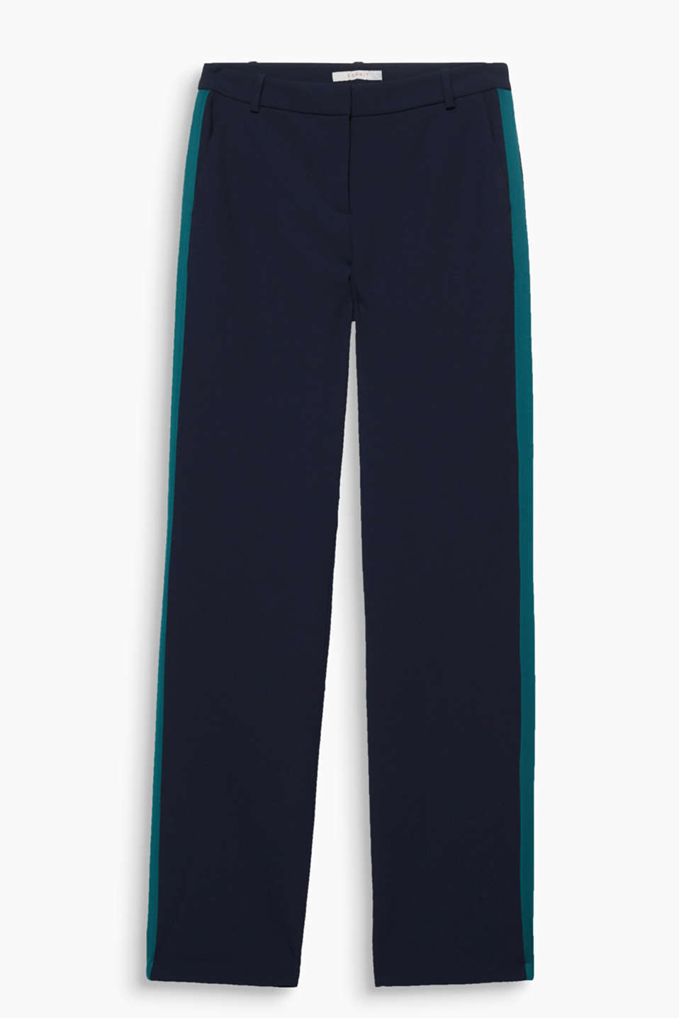 So smart, so casual: these flowing crêpe trousers with side galon stripes can look chic and laid-back!