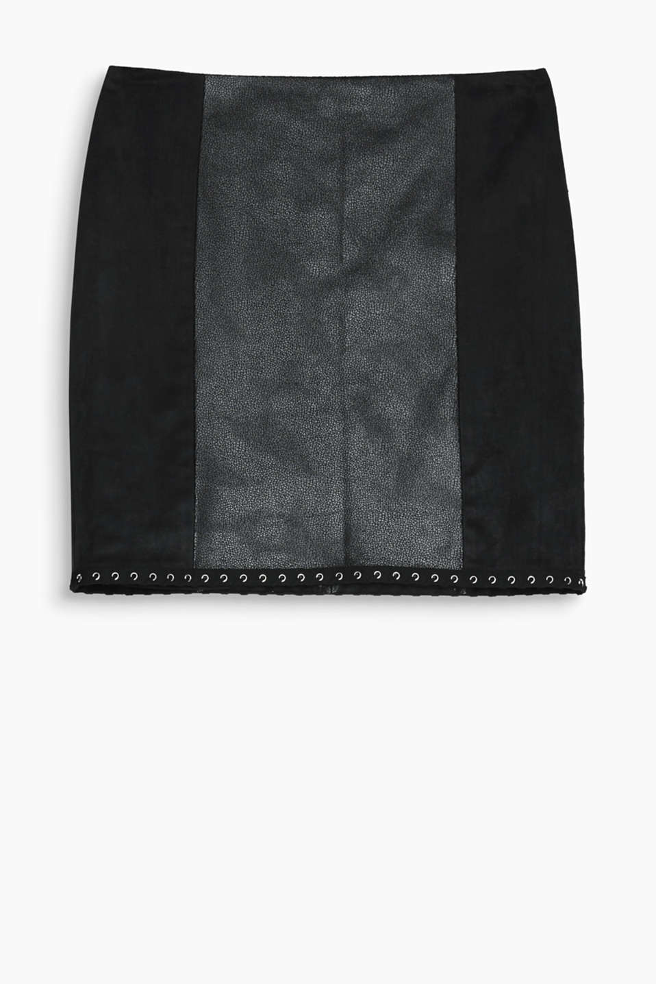 Rock-chic or extravagant - this mini skirt gives you both with embossed and velvety faux leather plus eyelets along the hem!